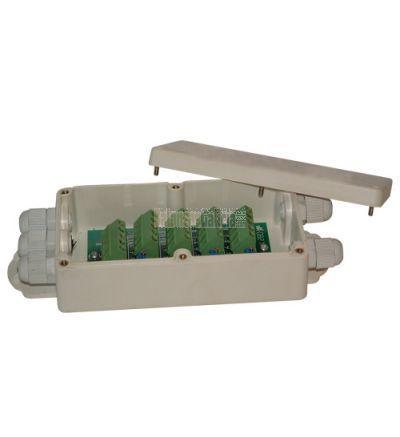 Caja suma poliester y fibra de vidrio IP68 para 4 células